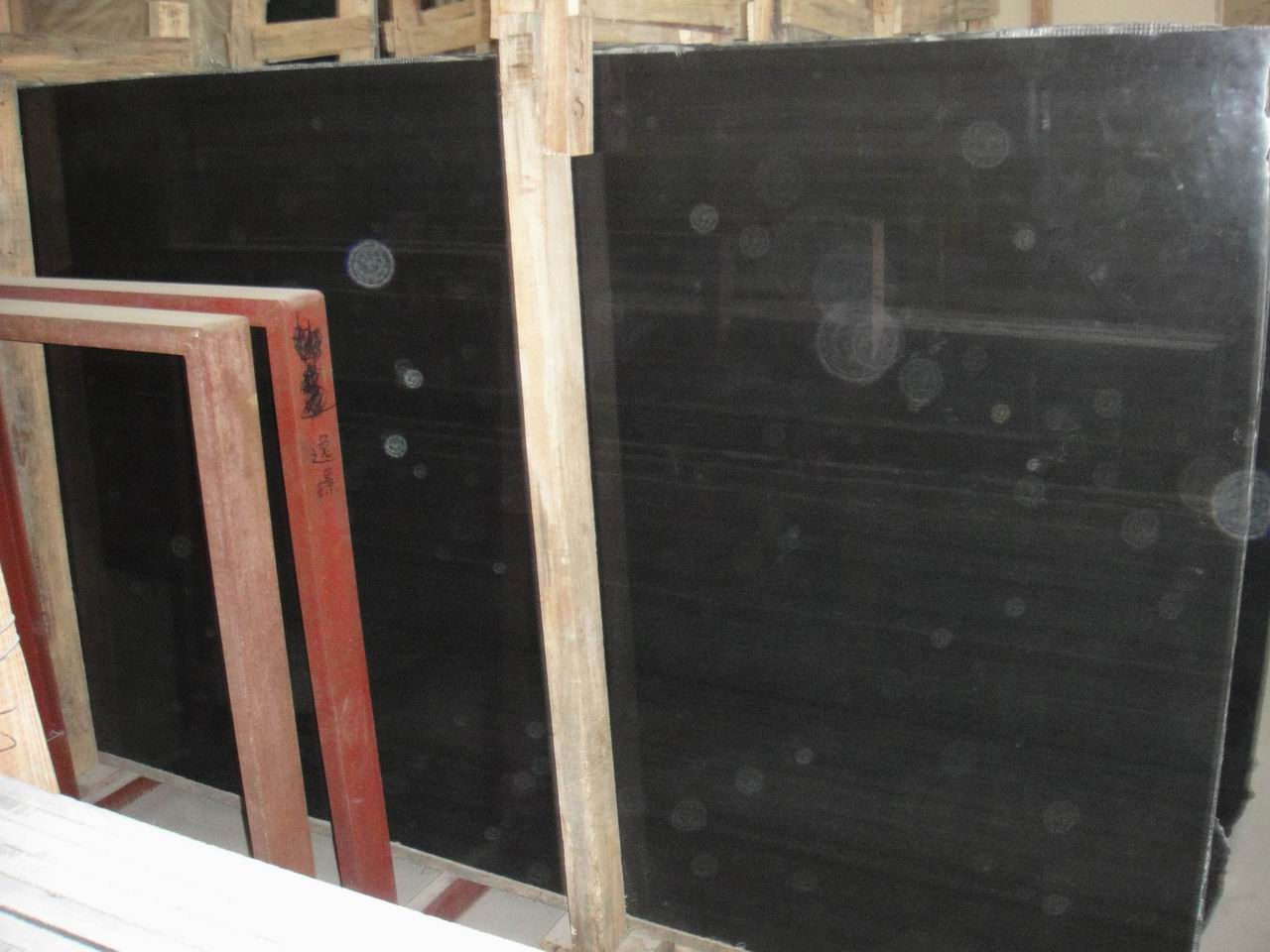 CHINESE BLACK TRAVERTINE