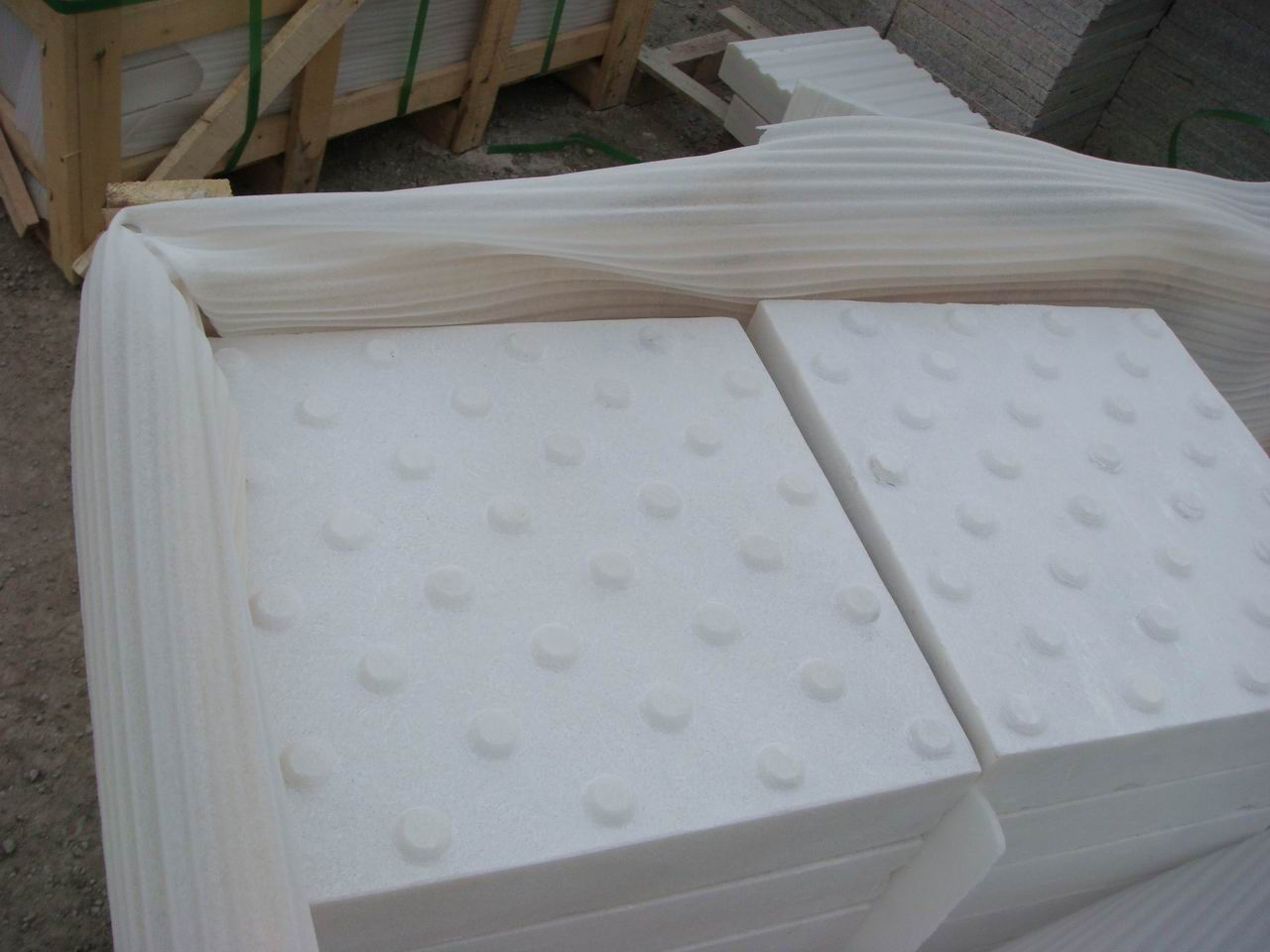 CHINESE WHITE MARBLE BLIND TILES WITH DOTS