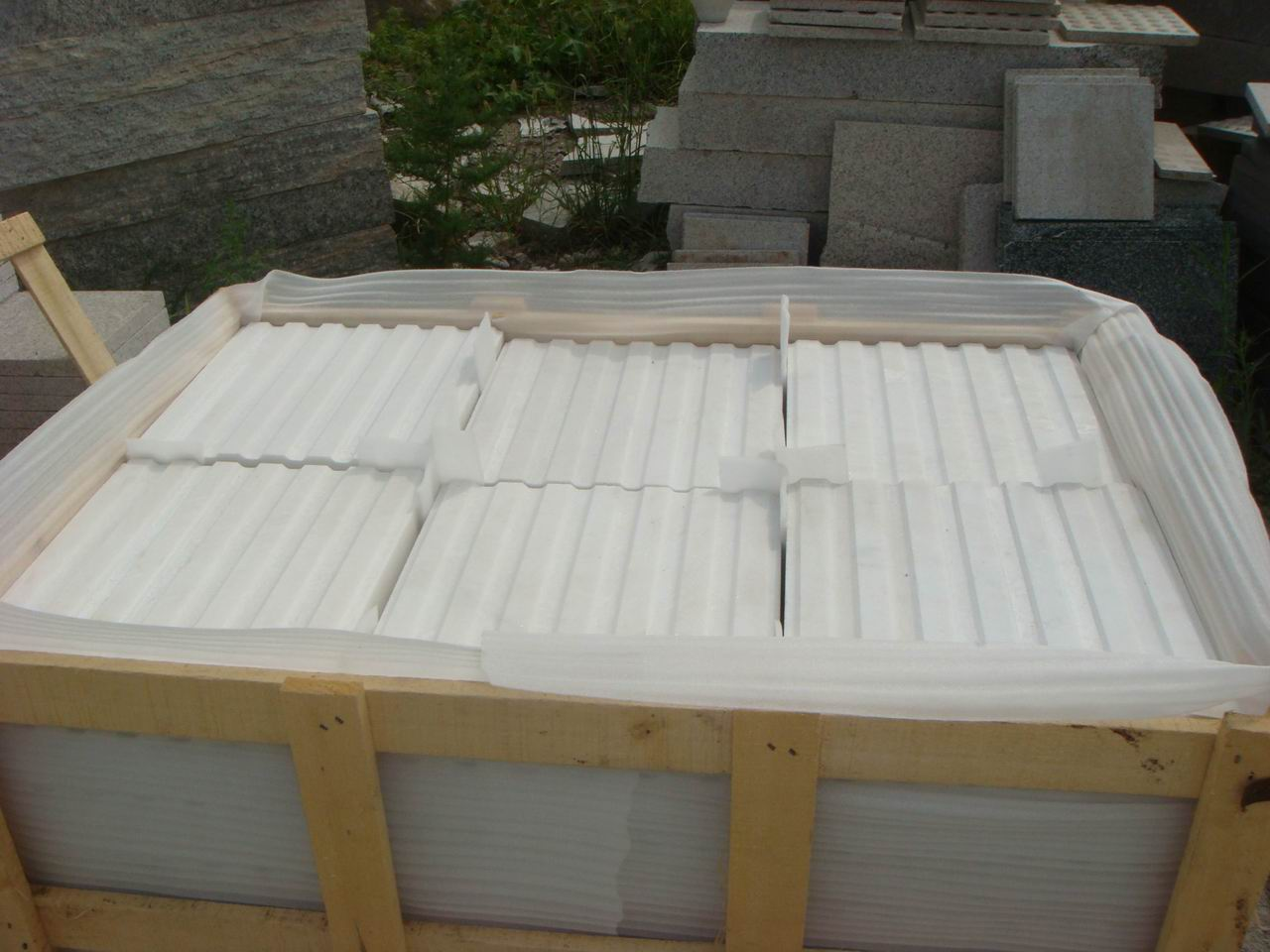 CHINESE WHITE MARBLE BLIND TILES WITH LINES